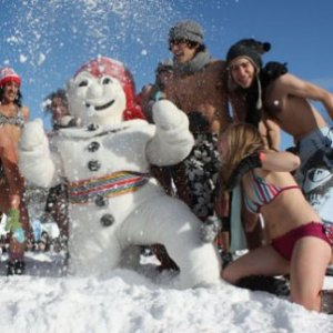Snow bath at Quebec Winter Carnival